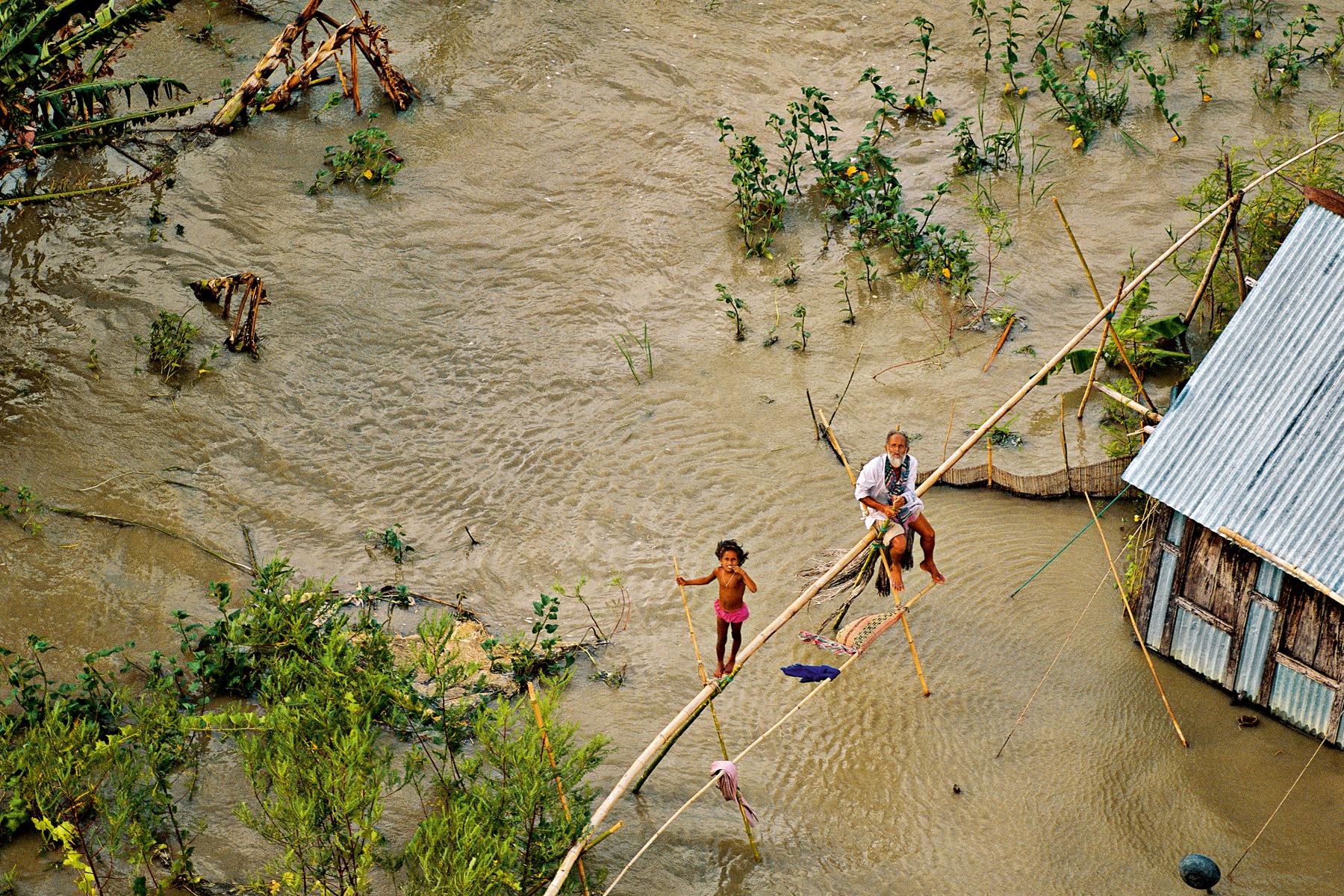 Bangladesh_couv-du-livre_∏Yann-Arthus-Bertrand-Altitude